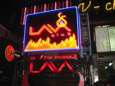 Lava Club - Club in Khao San by Kevin Azijn via https://www.flickr.com/photos/azijn/443317261/