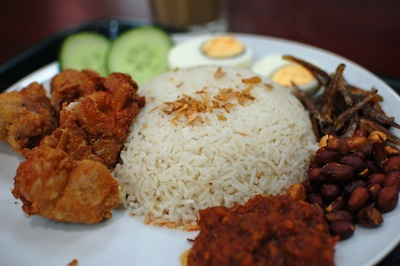 Nasi Lemak by Su-Lin via https://www.flickr.com/photos/su-lin/4429926355/