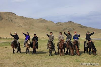 mongolia_horse_riding