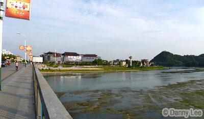 Li Jiang River, next to Shangri-La Guilin Hotel