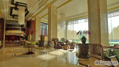 Shangri La Guilin Hotel lobby