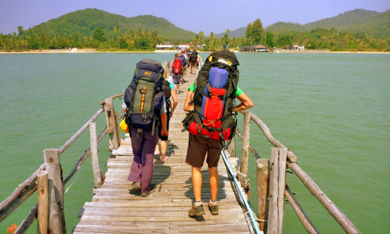 Backpacking in Southeast Asia - Backpackers by Siim Teller on Flickr https://flic.kr/p/7x1Dt8