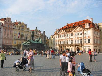 Old Town Square, Prague by Mike Shettel via https://www.flickr.com/photos/shettelbus/3218228070/