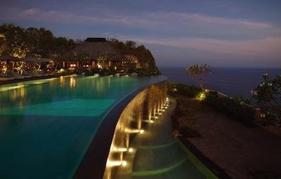 Bali Bulgari Resort by Shigeki Iimura via http://www.flickr.com/photos/shigeki-iimura/4651017934/