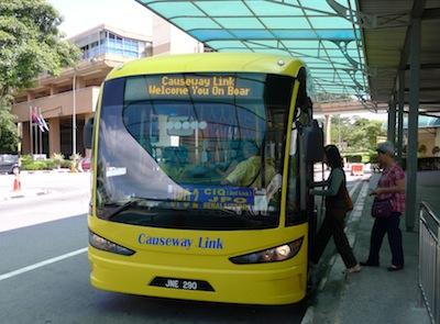 Shuttle Bus JPO2