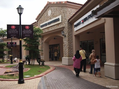 shopping outlets