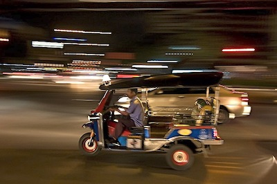 Phuket Tuk Tuk by Jason Teale via https://www.flickr.com/photos/jasonteale/1067349756/