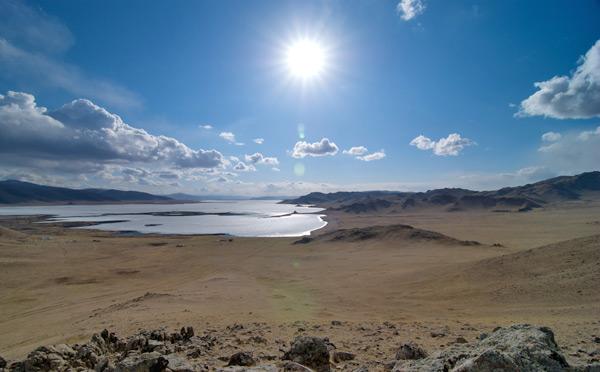Terkhiin Tsagaan Lake, Monglia by Dennis Tang via http://www.flickr.com/photos/tangysd/3507625060/