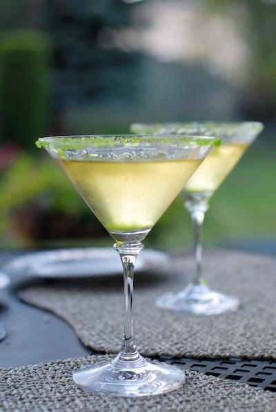 Apple Martini by Taku via https://www.flickr.com/photos/smaku/210593469/