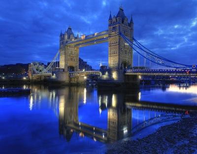 London Bridge (Tower Bridge) : Reflection on the River Thames by Anirudh Koul via https://www.flickr.com/photos/anirudhkoul/3499471010