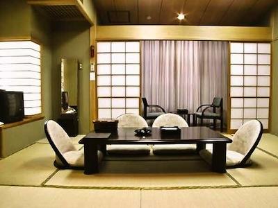 Yamanakako Shuzanso Japanese Room