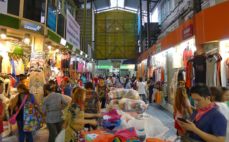 Pratunam Morning Market