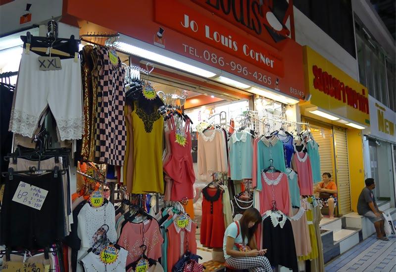 Store in Pratunam Market
