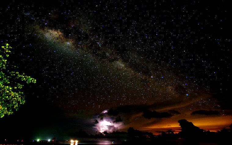The Milky Way at Tunamaya Tioman and thunderstorm near Mersing