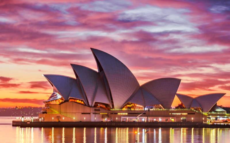 Sydney by Keith Zhu on unsplash.com/photos/qaNcz43MeY8