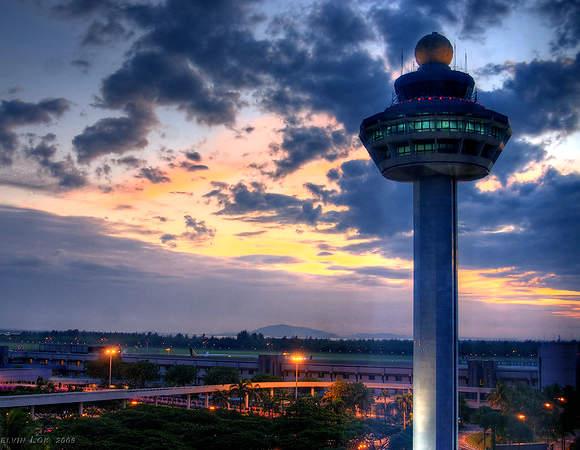 Singapore Changi Airport by Kelvin Lok via https://flic.kr/p/7j4Dyn